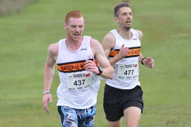 Matthew Duckworth and Richard Stevenson battling to the finish. Photo by Nick Olszewski