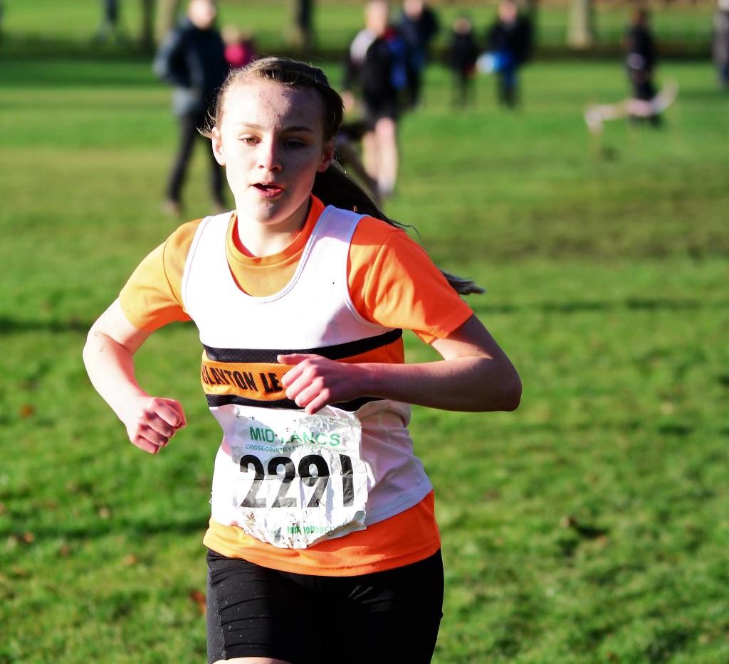 Heidi Kewin in the U13 girls' race. Photo by David Belshaw