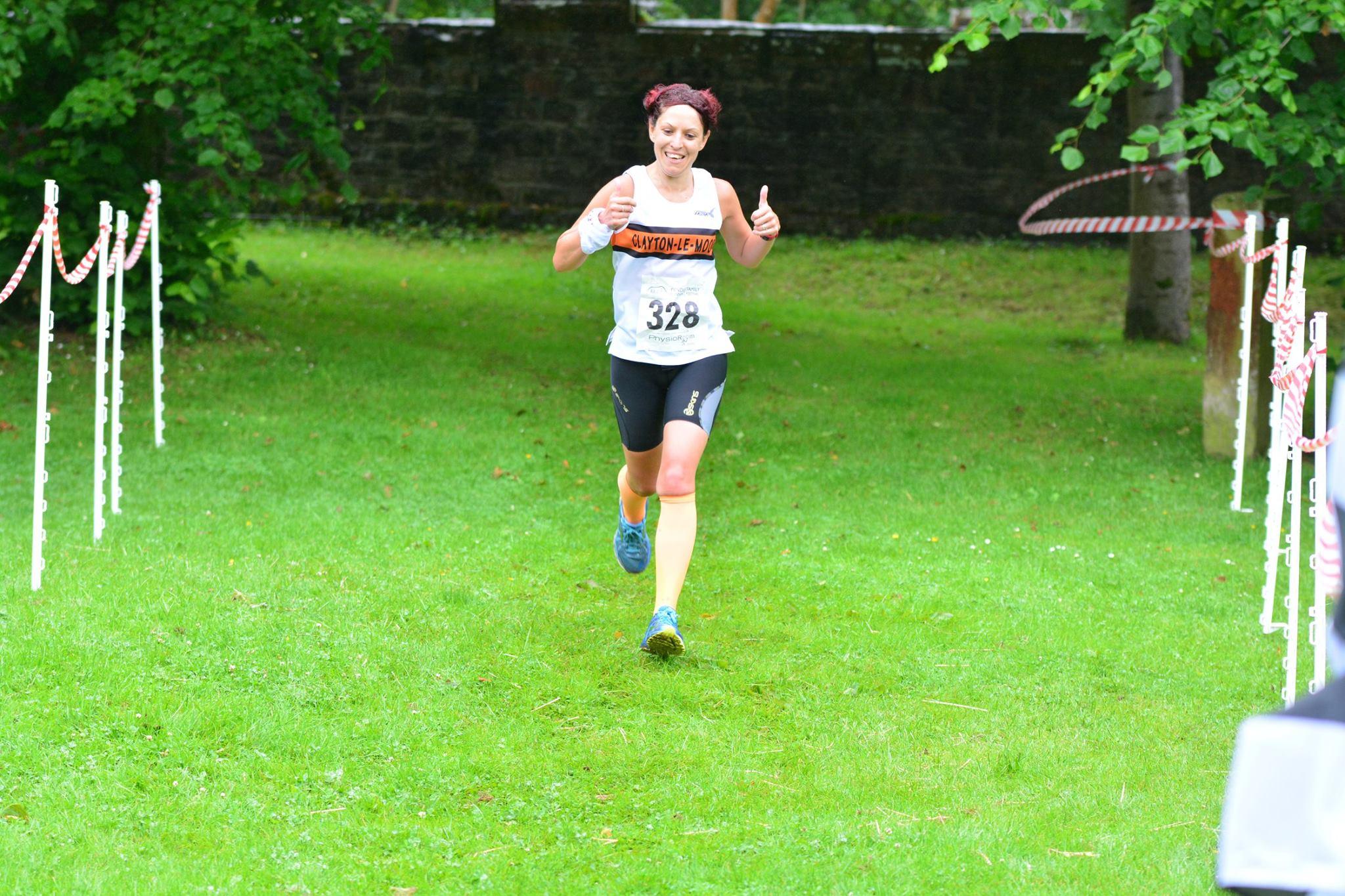 Donna Airey finishing. Photo: David Belshaw