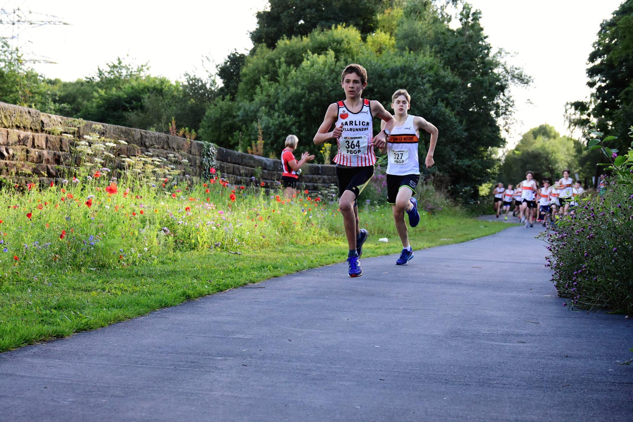 Michael Stevens chased winner Jack Villiers hard in the U15 race. Photo: David Belshaw